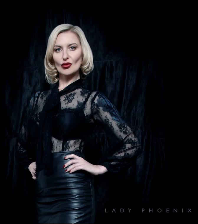 London Mistress Lady Phoenix